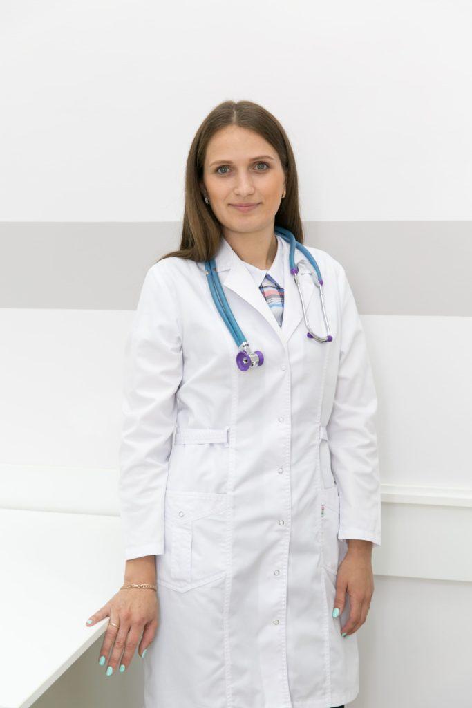Ухварова Ю.В. медцентр семья