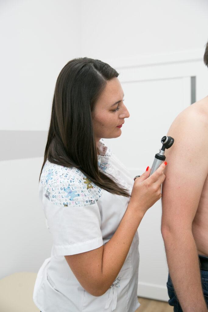 дерматолог медцентр семья
